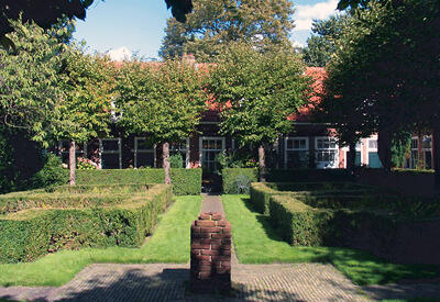 Gardens in Delft - Picture treasure hunt